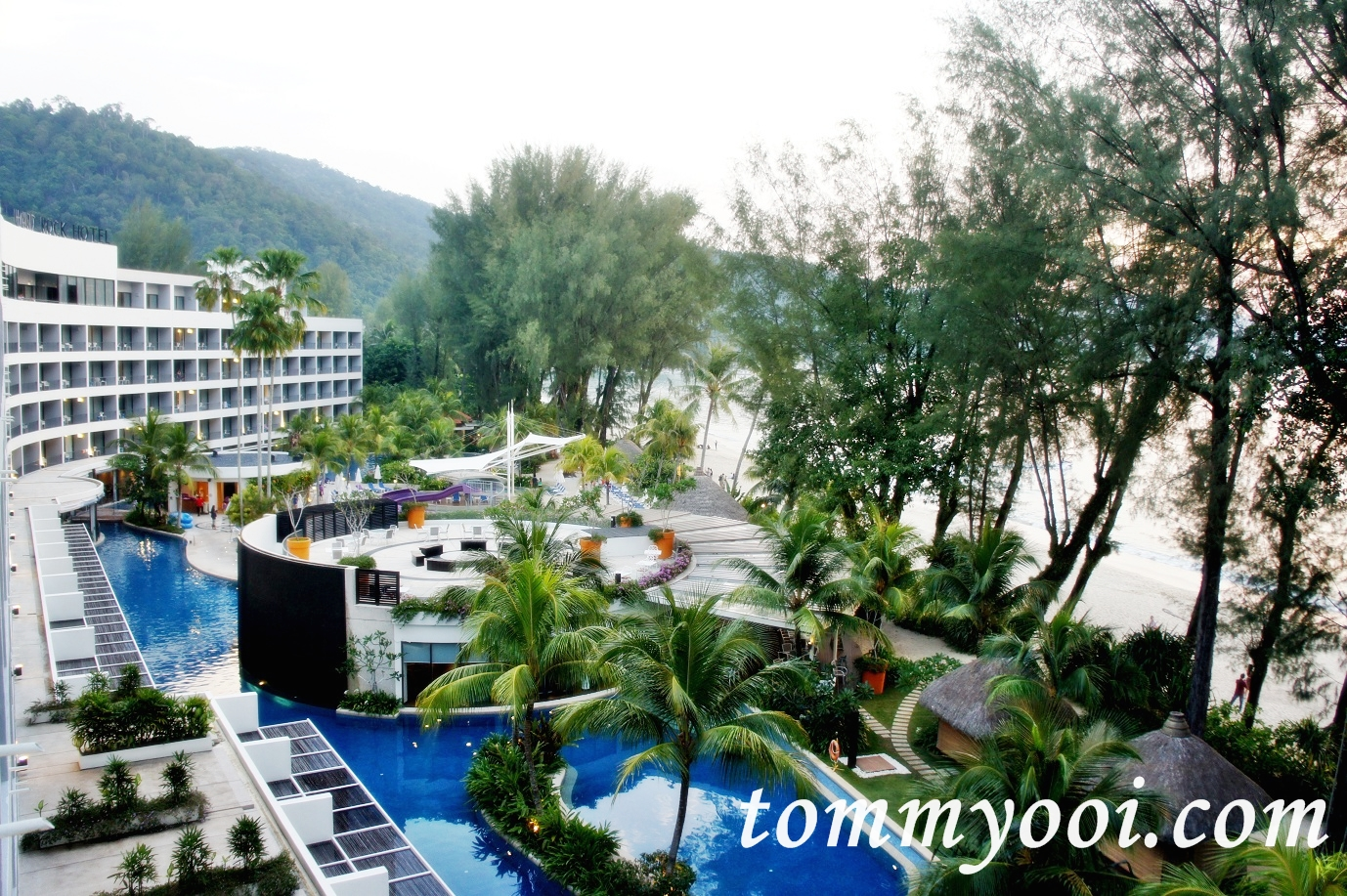 Hard Rock Hotel Penang Swimming Pool - Tommy Ooi Travel Guide