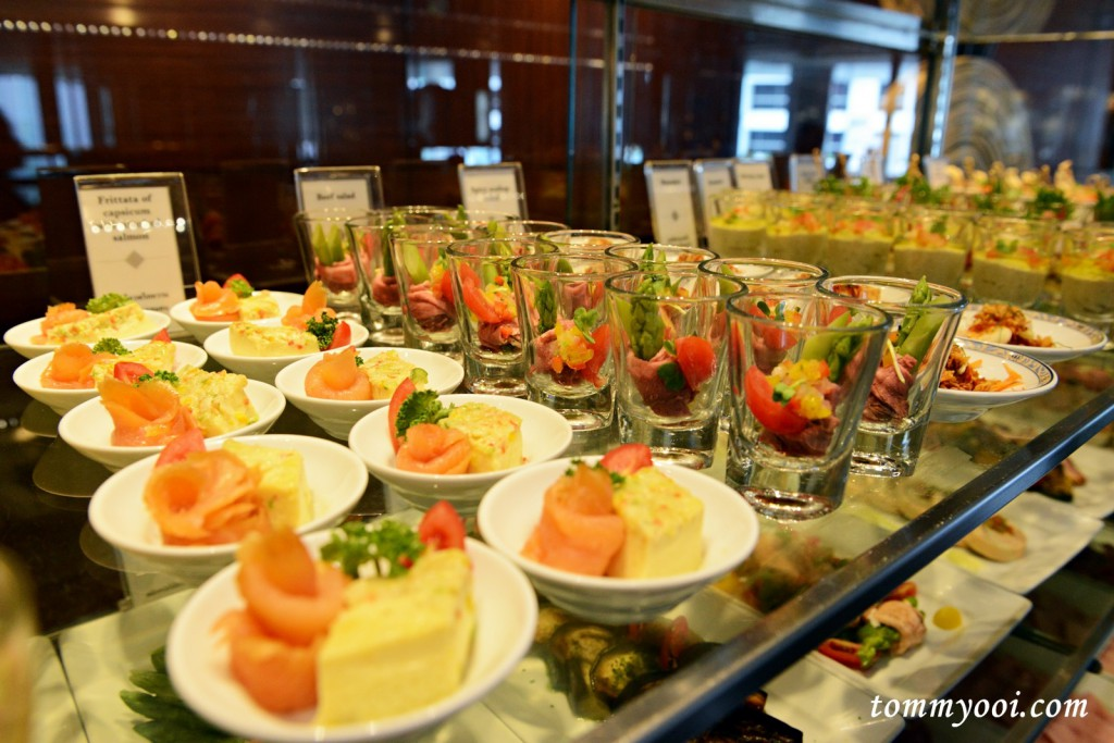 Intercontinental bangkok sunday buffet brunch tommy ooi for Prime fish brunch