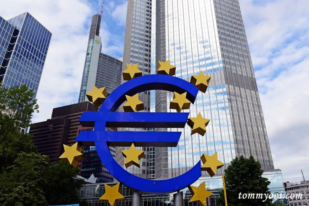 Euro Symbol Frankfurt