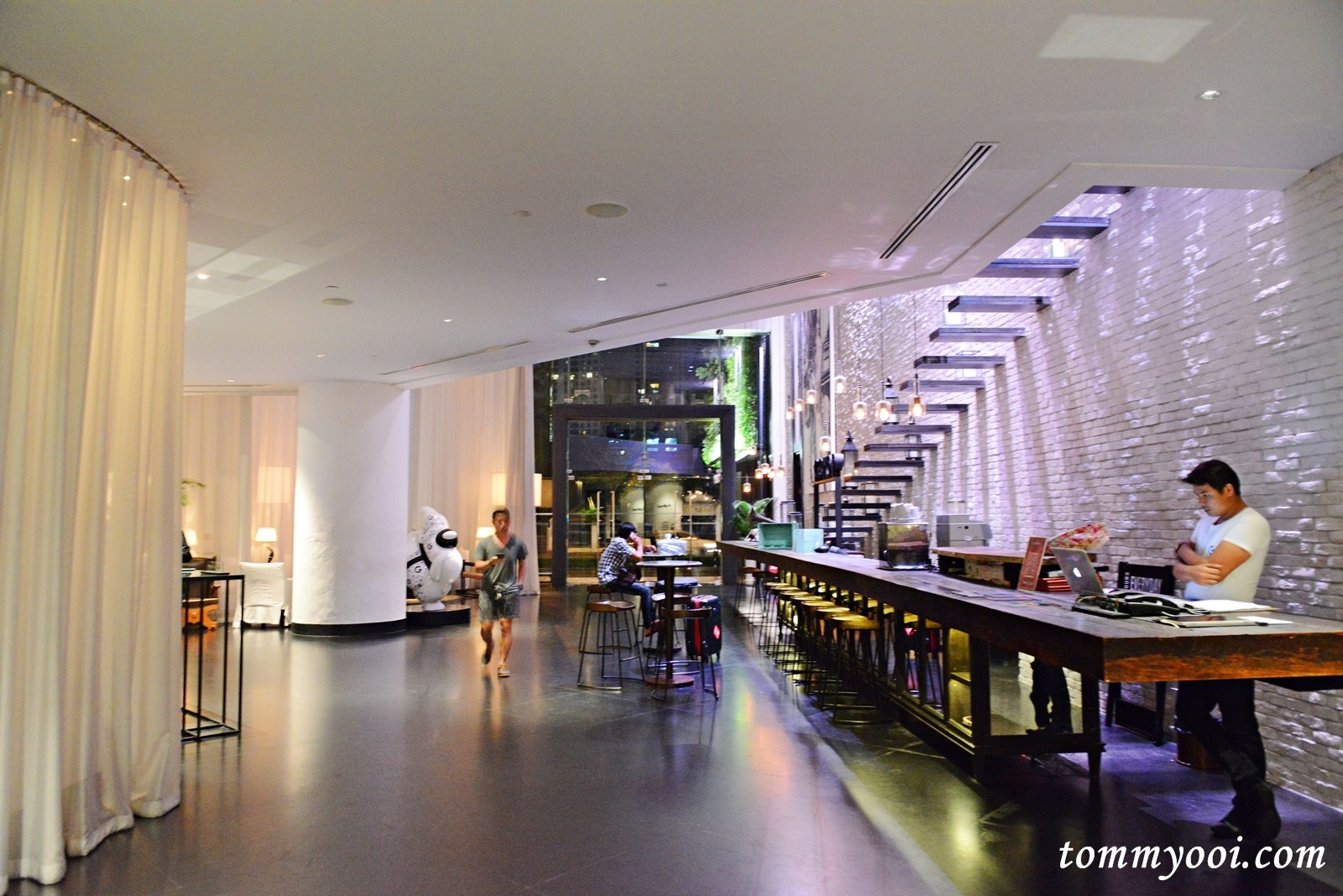Pullman bangkok hotel g tommy ooi travel guide for Pullman hotel